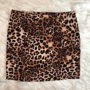 H&M Basic Mini Pencil Animal Print Cheetah Skirt